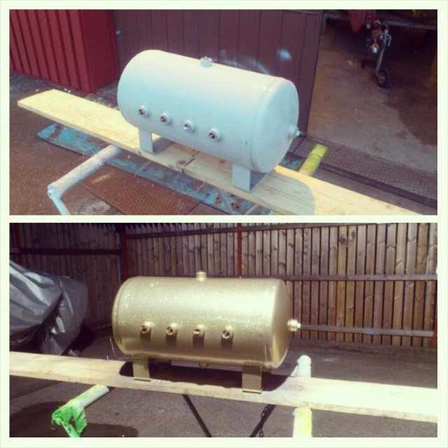 Air suspension tank. Primer and base color...