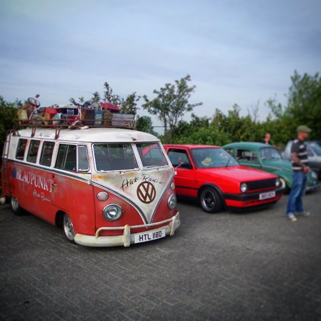 The Blaupunkt bus