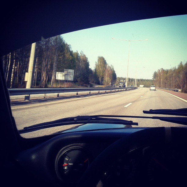 Driving Porsche 911 Carrera this sunny afternoon...
