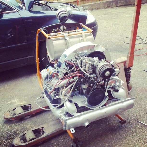 Testrun  Braking it in, 3000 rpm for 15min. Then adjust valves and change oil.